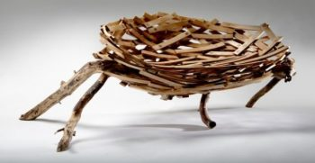 Sedersi sopra un nido